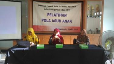 Peningkatan Kualitas SDM melalui Pelatihan Pola Asuh Anak di Kelurahan Keparakan